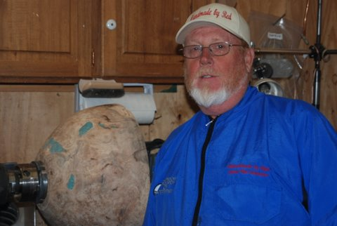 "James ""Red"" Saunders-Reidsville NC Woodturning artist"
